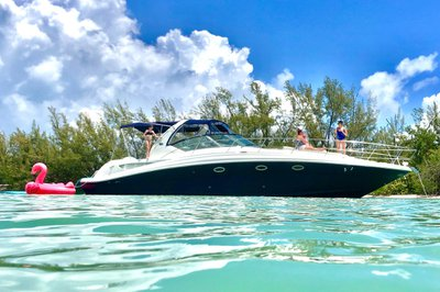 Luxury and Affordable - Sapphire 45' Sea Ray Cabin Cruiser