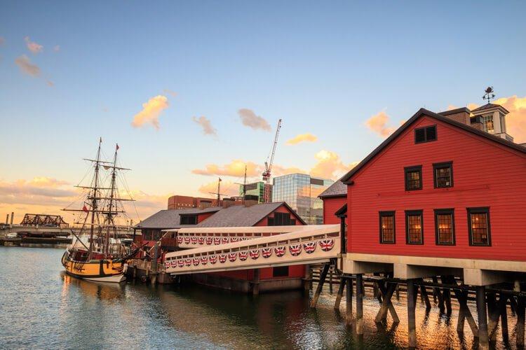 boston sailing cruise