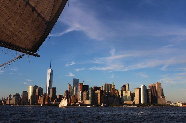 sailing-nyc-sightseeing-trip