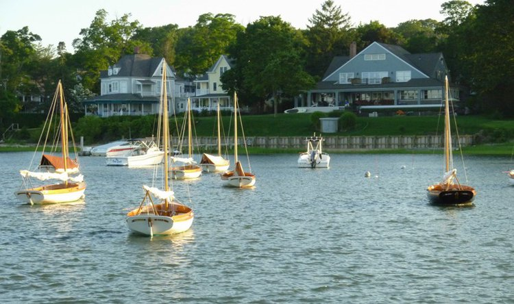 hamptons-yacht-charter-boat-rentals-sailo-shelter-island
