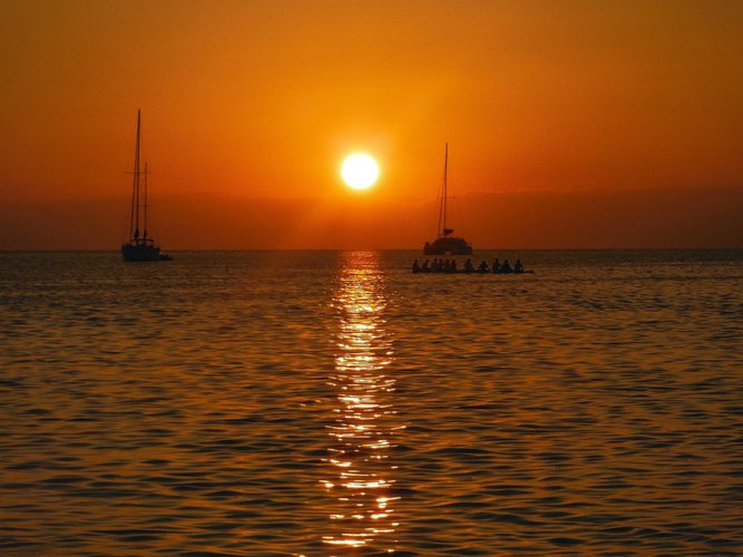 caneel-bay-resort-virgin-islands-boat-rental-sailo