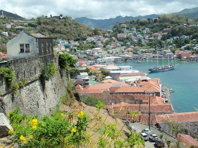 caribbean-sailing-vacations-dominica-boat-rental-yacht-charter-sailo
