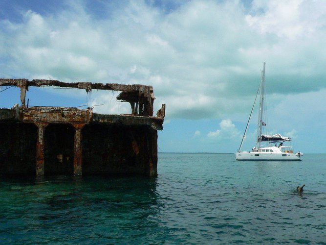 sailo-bimini-boat-rental-ss-sapona-diving