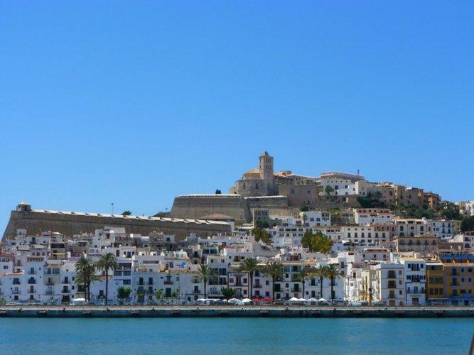 ibiza-boat-trips-yacht-charter-sailo