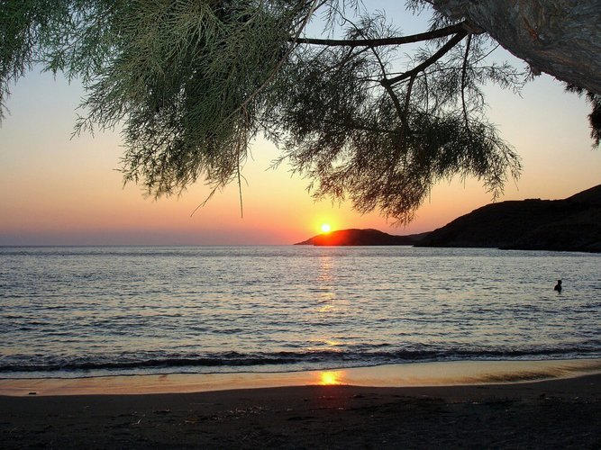 day-trips-from-athens-kythnos-island-sailo
