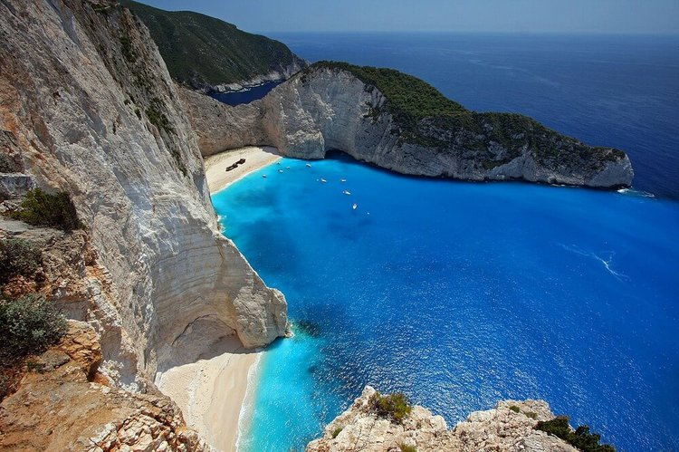 sailing-ionian-islands-yacht-charter-zakynthos-sailo