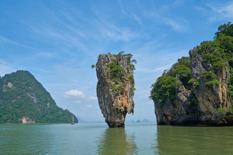 phuket-boat-charter-phang-nga-bay-james-bond-island