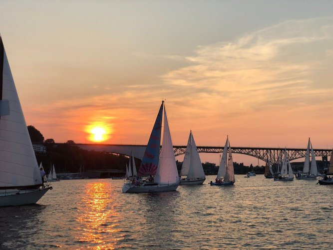 sailing-seattle-party-boat-rental-sunset-sailing-trips-sailo-charter