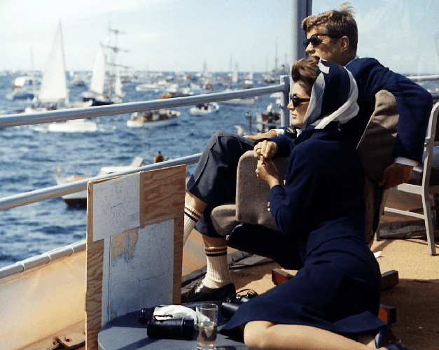 boat-charter-newport-ri-sailo-america-s-cup-yachts