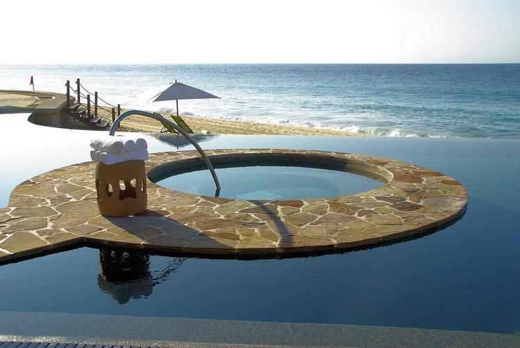 cabo-san-lucas-mexico-playa-medano-sailo-boat-yacht-rental