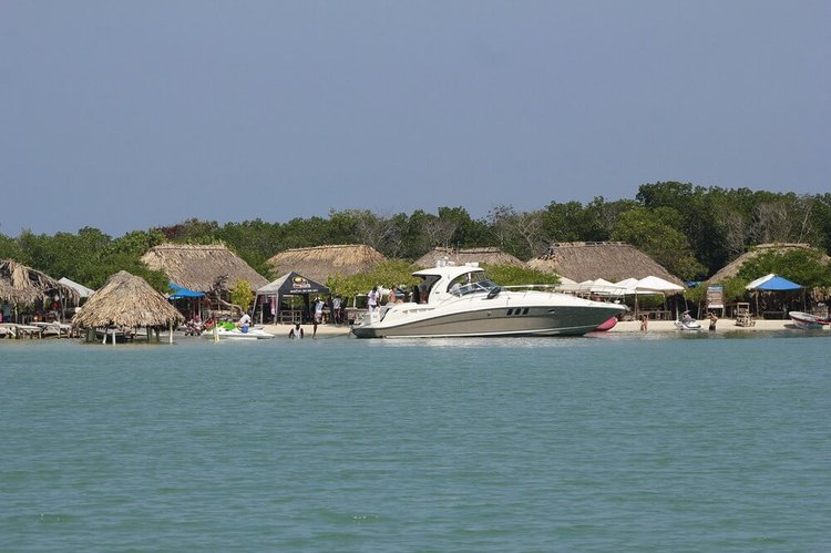things-to-do-cartagena-colombia-boat-rentals-sailo