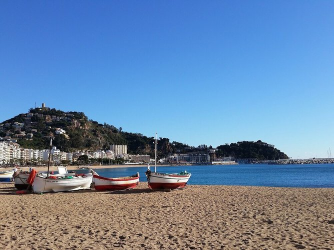 yacht-rental-barcelona-boat-hire-costa-brava-medes-islands