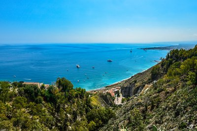 Sicily-Italy-attractions-by-boat
