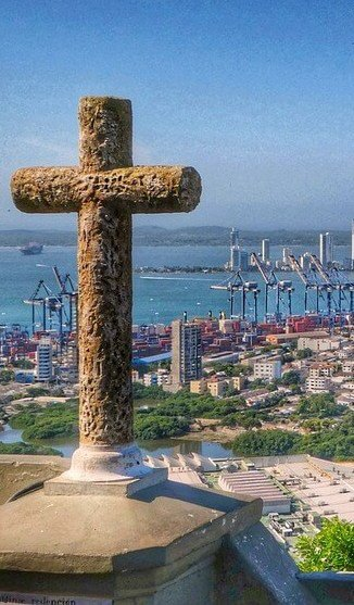 sailing-in-colombia-things-to-do-by-boat-cartagena