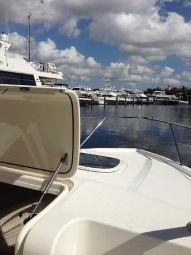 Center console boat rental in Pennells Marine, FL
