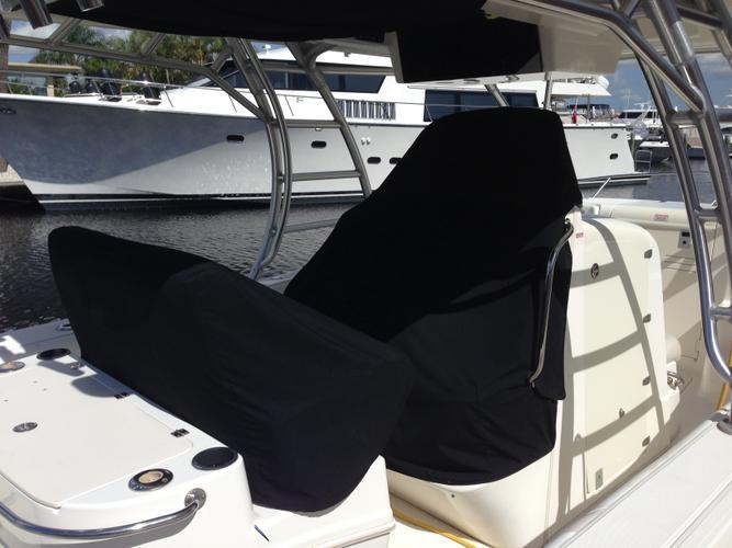Boat for rent Boston Whaler 32.0 feet in Pennells Marine, FL