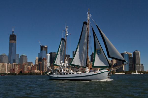97' gaff-rigged ketch classic windjammer sailing!
