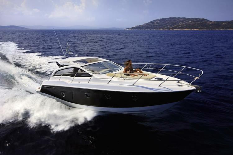 38.0 feet Sessa Marine in great shape