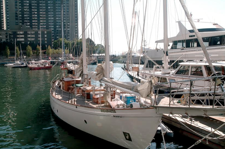 Up to 37 persons can enjoy a ride on this Schooner boat