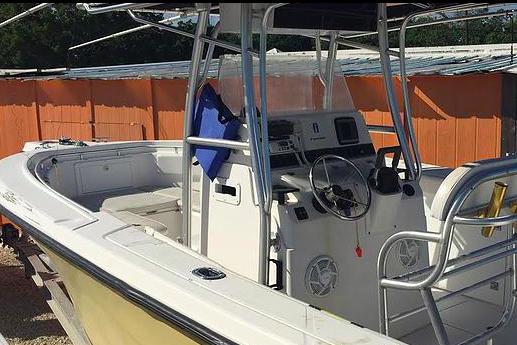 Boating is fun with a Center console in Islamorada