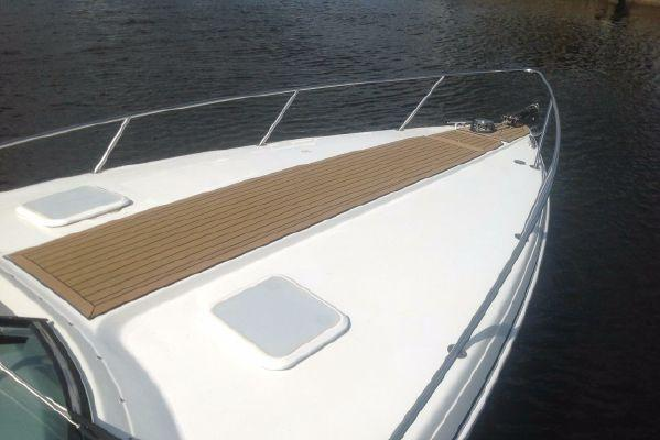 Boat for rent Formula 33.0 feet in Haulover Marina, FL