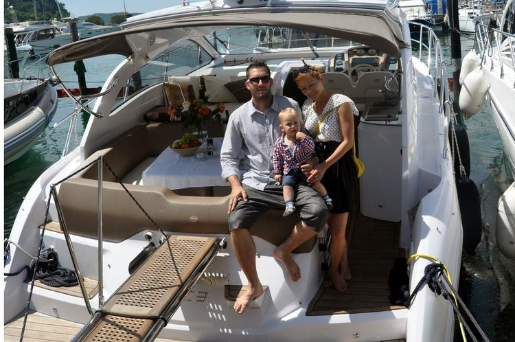 Express cruiser boat for rent in Izola