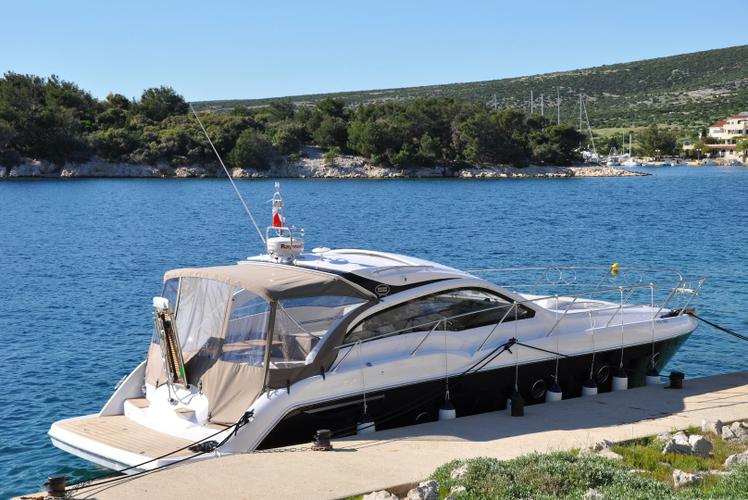 Boating is fun with a Express cruiser in Izola