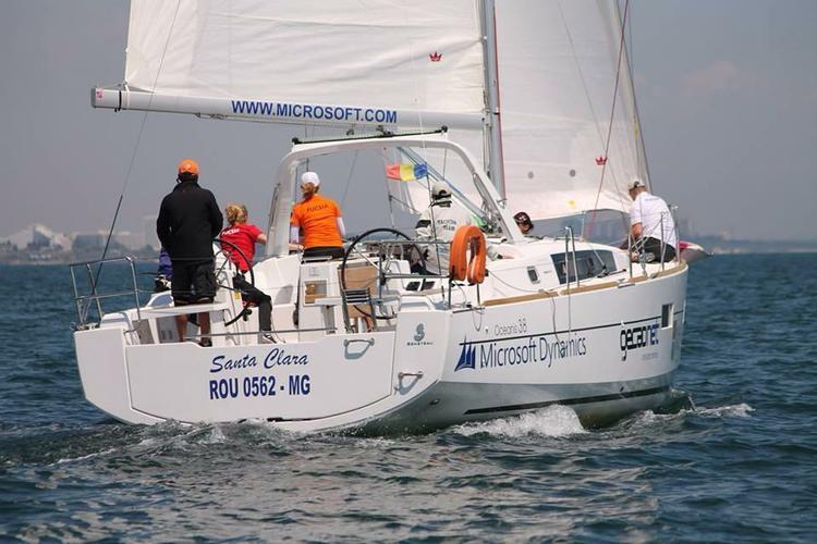 Discover Mangalia surroundings on this Oceanis 38 Beneteau boat