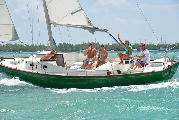 Set Sail in the Florida Keys & Enjoy a Perfect Day on the Water