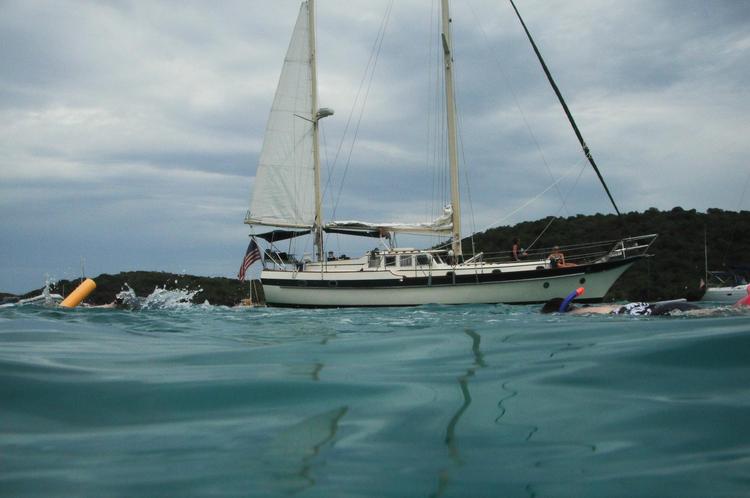 44.0 feet Sailboat in great shape