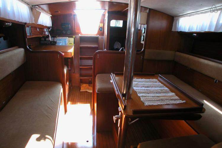 Boat rental in Branford, CT