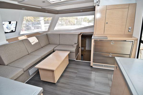 This 44.0' Fountaine Pajot cand take up to 7 passengers around Road Town