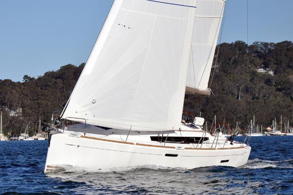 Jeanneau's 37.0 feet in Fort Lauderdale