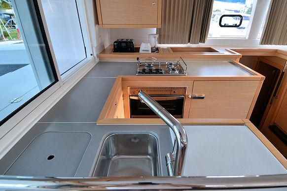 Discover Road Town surroundings on this 450 Lagoon boat