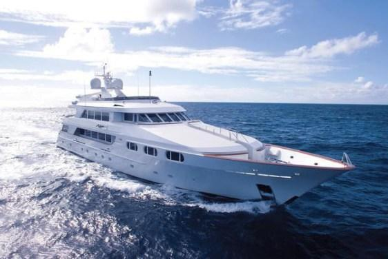 Now THIS is a Yacht!