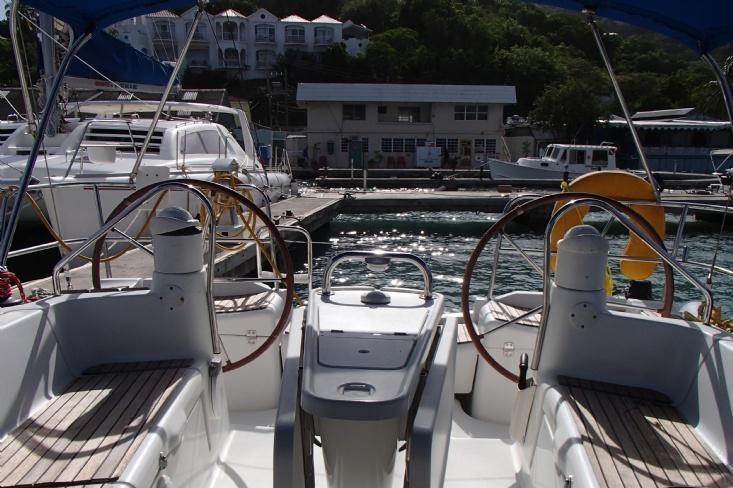 Jeanneau boat for rent in Road Town