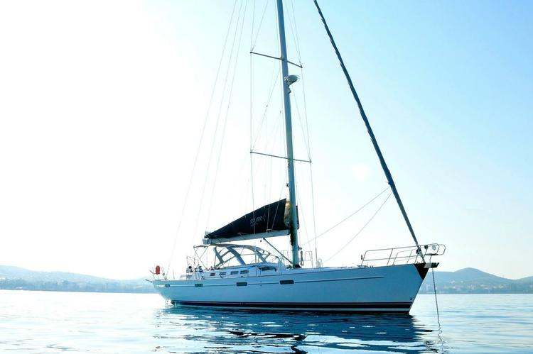 Enjoy the Greek islands on this beautiful Beneteau