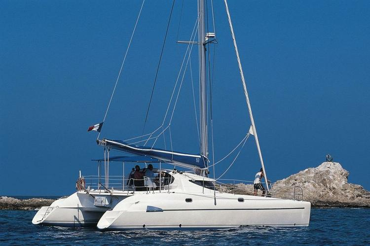 Happy Greek holiday on this terrific catamaran