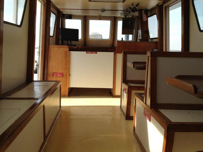 Saltwater fishing boat rental in World's Fair Marina, NY
