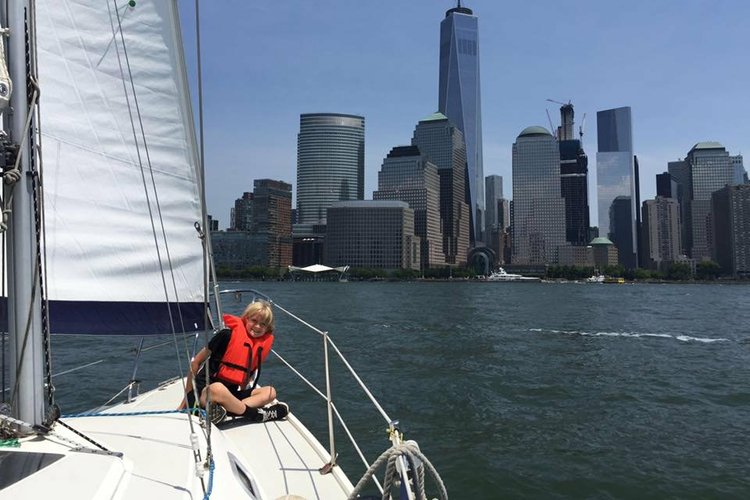Boat rental in West Haverstraw, NY