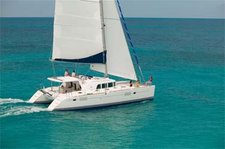 Cruise around St. Vincent on this amazing Lagoon 440 Catamaran