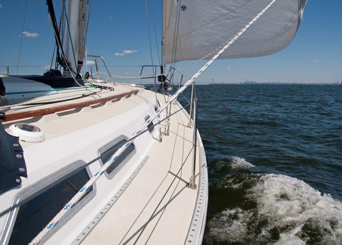 Sloop boat rental in Liberty Landing Marina, NJ