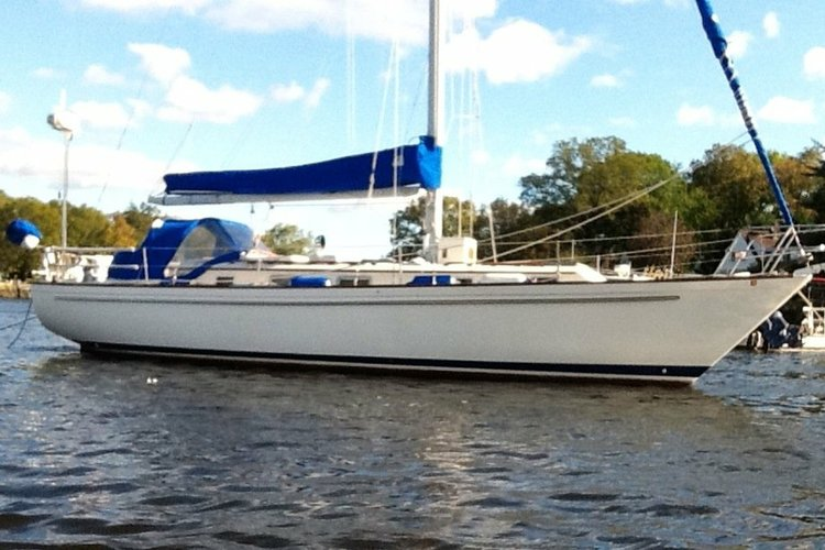 Sail Western Long Island Sound aboard this beautiful Pearson 386
