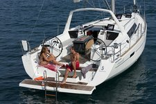 The Beneteau 41 is Great for Family trips to Catalina Island