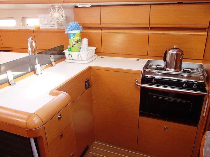 Boat for rent Jeanneau 41.0 feet in Fort Burt Marina, British Virgin Islands