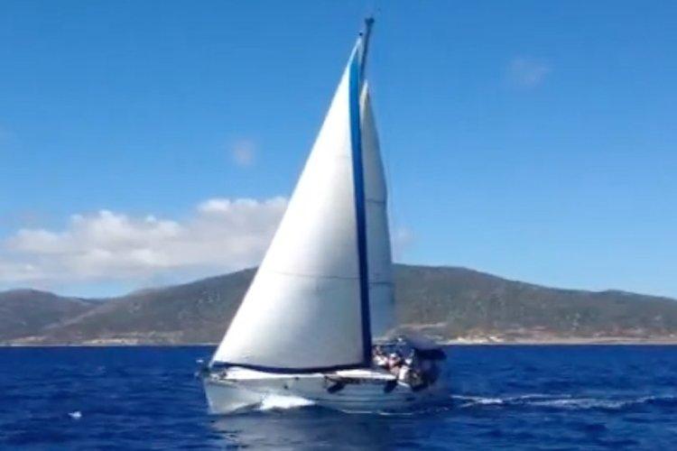 Sailboat Holidays