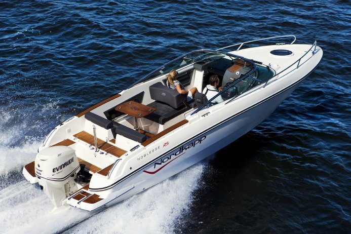 Ideal luxury day crusier