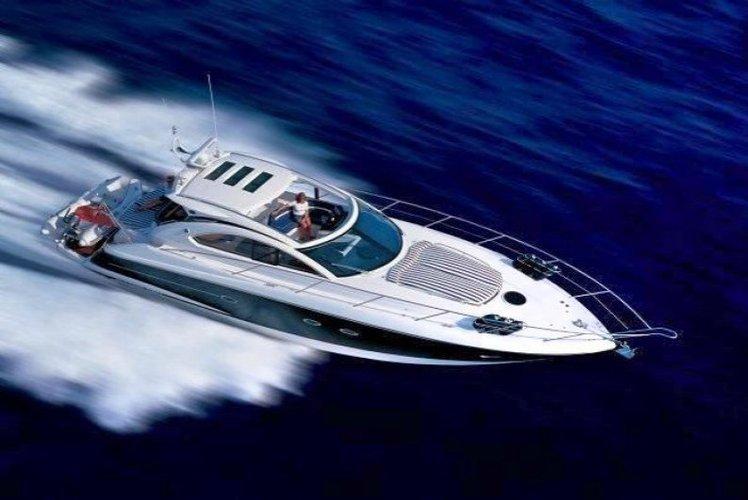 Jump on this powerful express cruiser and enjoy  Beaulieu-sur-Me