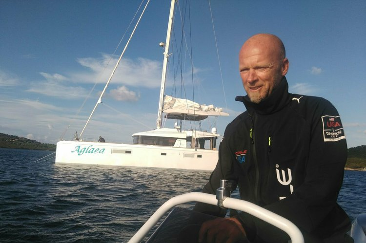 Luxury Sailing holidays with Skipper and Hostess