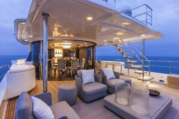 This 91.0' Ferretti Yachts Custom Line cand take up to 12 passengers around Antibes